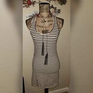 Feathers bodycon striped dress M
